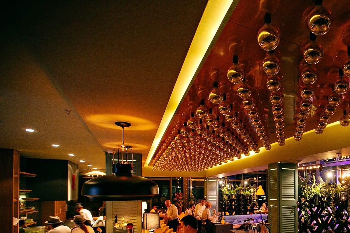 Современные тренды в дизайне ресторанов